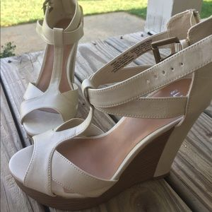 Shoes - Elle Wedges